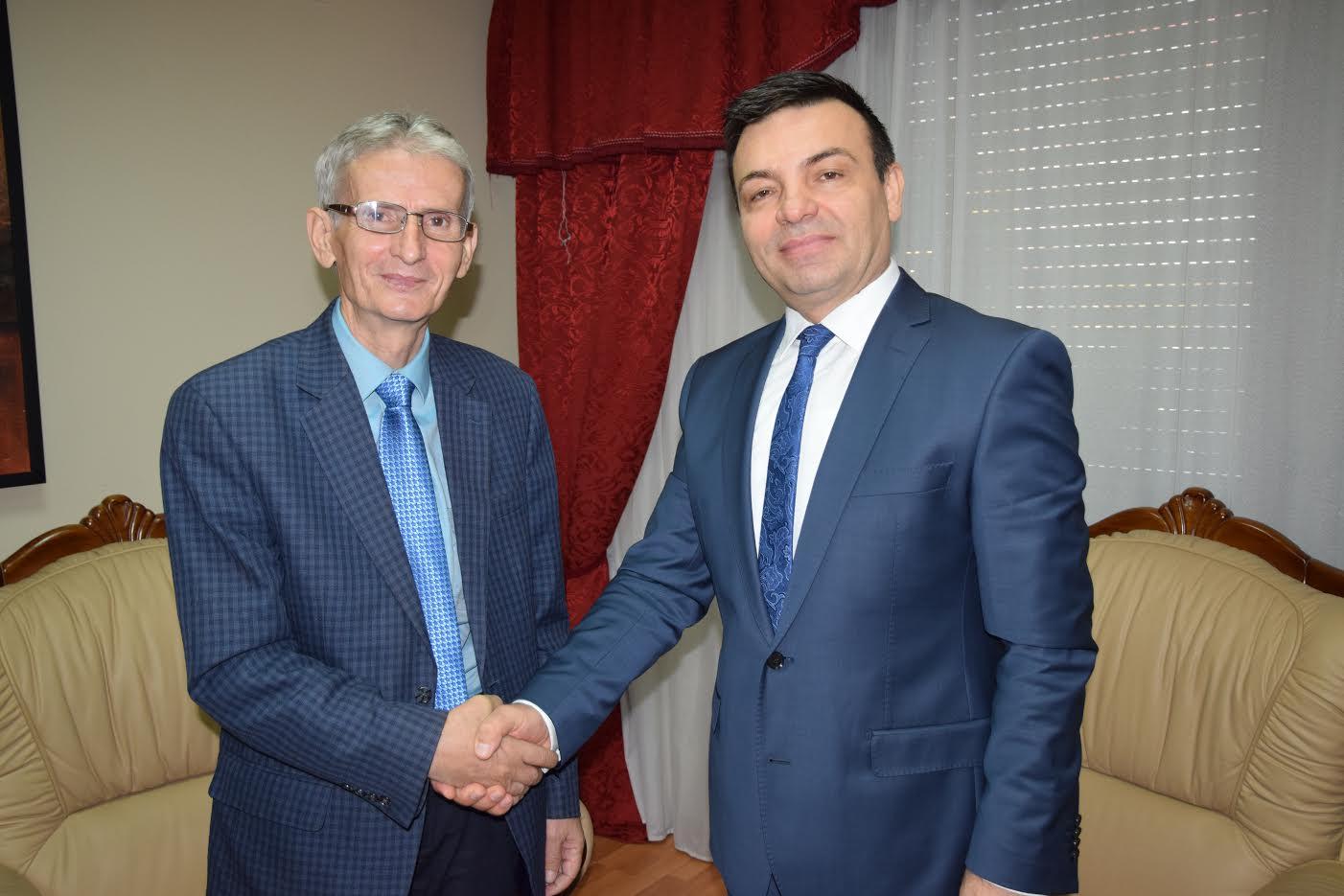 Beqir Sina me Artur Roshin, kryetarin e Ballit Kombëtar Demokrat
